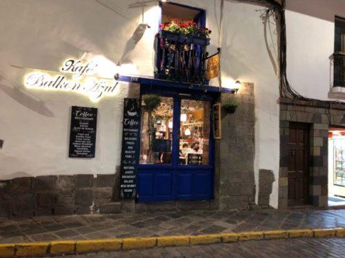 Cafe Balkon Azul外観